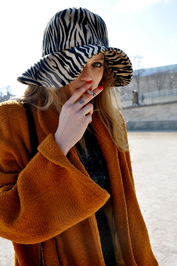 Abbey Lee Kershaw, Paris Fashion Week | Trendycrew :  paris hat fashion week street fashion